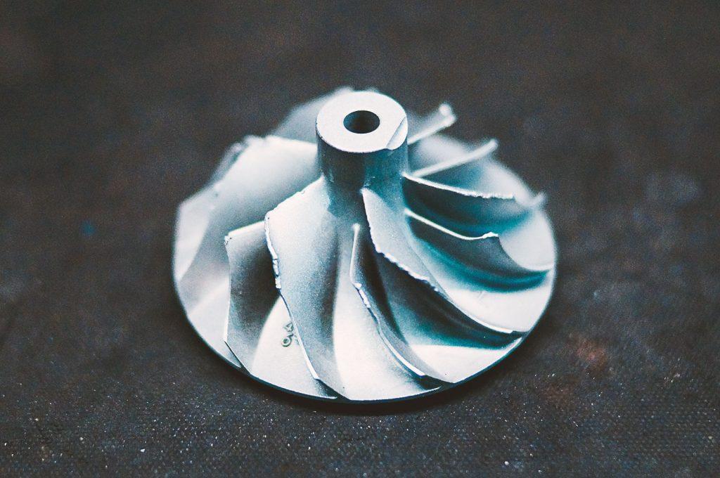 турбокомпрессор повреждение лопастей колеса