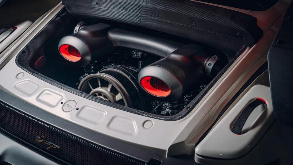 Порше 911 апгрейд от Singer с двумя турбинами